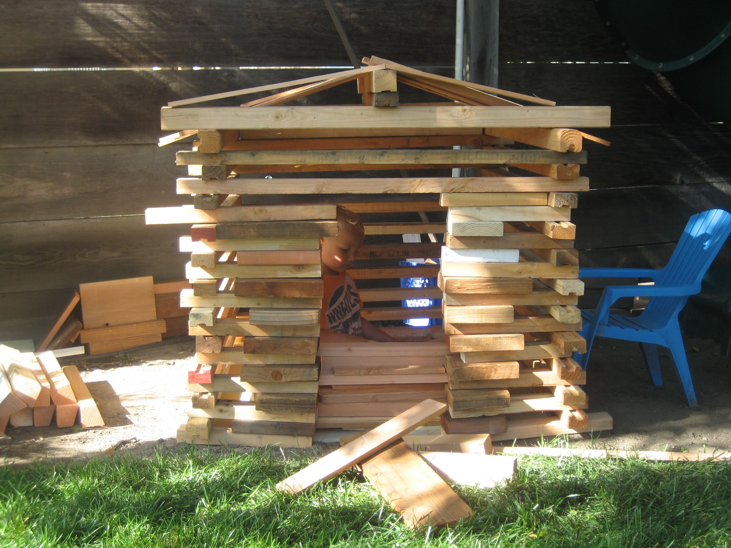 Great Summer Activity For Kids Get Free Wood Scraps From Your Local Lumber Yard And Let Your Kids Bui Building For Kids Summer Activities For Kids Wood Scraps