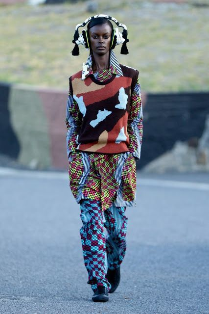 magical colours of the world - Chu Suwannaphas Afro Zen Ekle... The magical colours of the world