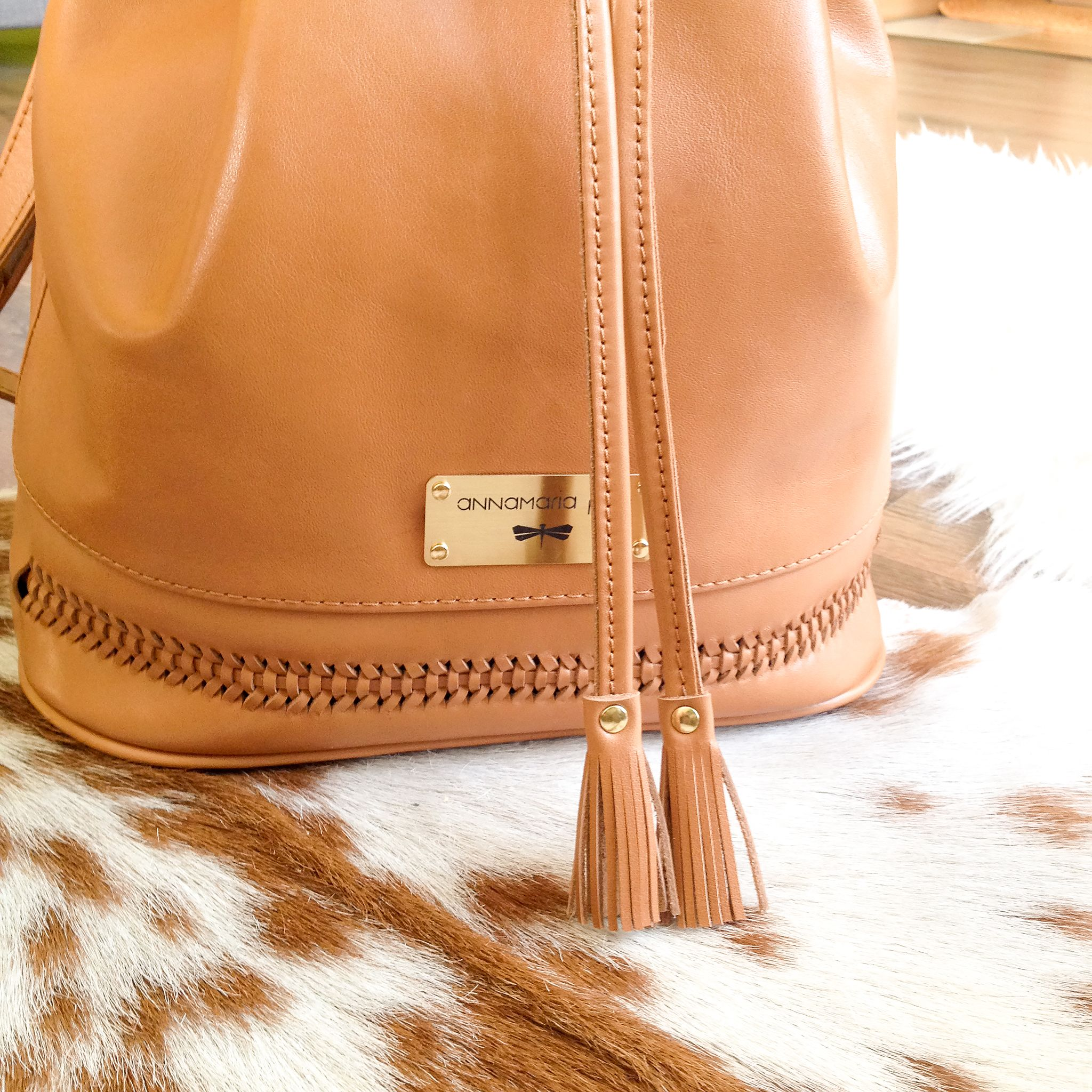 ANN leather bucket bag by Annamaria Pap