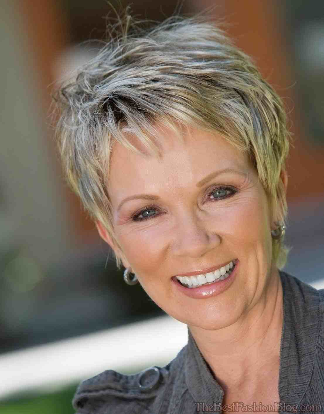 Short Haircuts For Women Over 60 40 Best Short Hairstyles And Haircuts For Women Over 60 In 2020 Haircuts For Wavy Hair Haircut For Thick Hair Thin Fine Hair