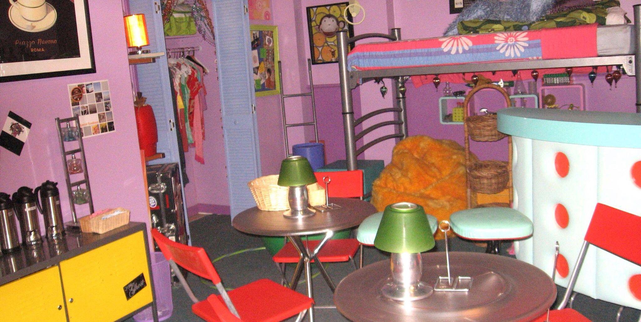 Zoey Dorm Room Decor