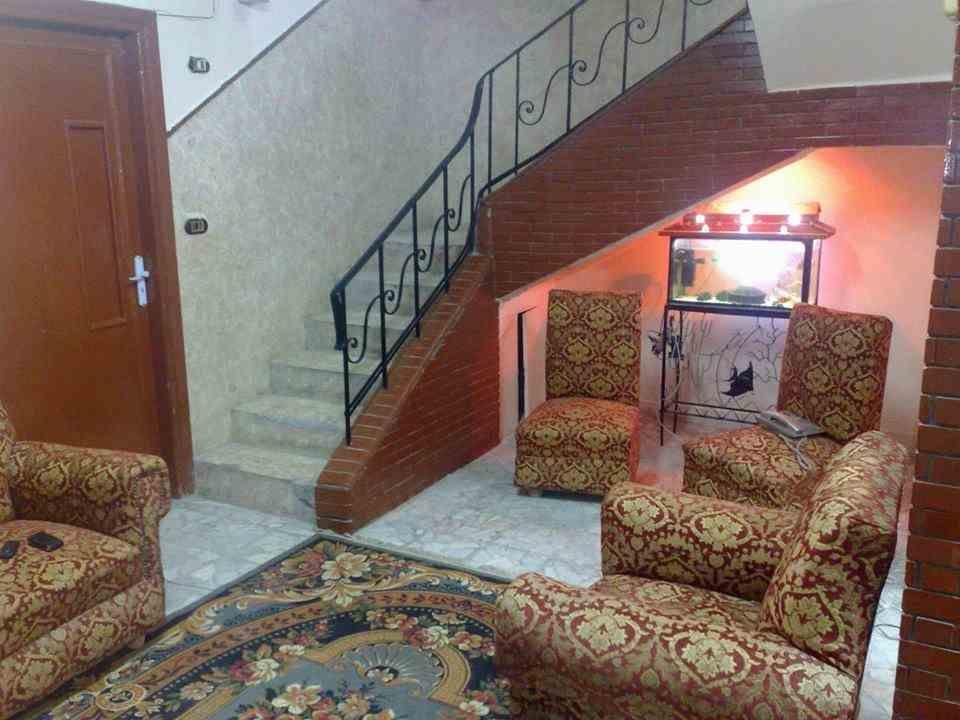 عقار ستوك محرك بحث عقارى شقق وفيلات واراضى للبيع والإيجار وحدات عقارية Home Decor Home Stairs
