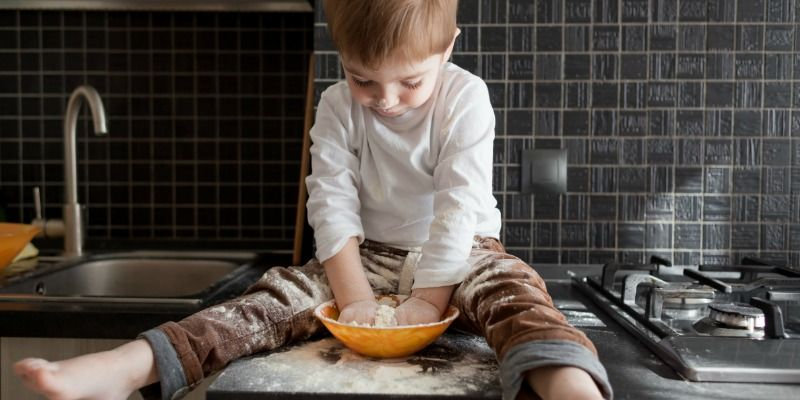 How to cook with preschoolers and not regret it cooking