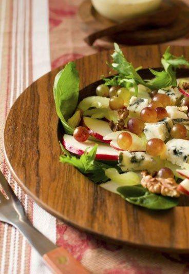 Insalata di mele, gorgonzola e uvetta