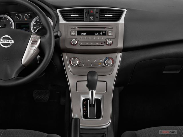 2014 Nissan Sentra Interior   Http://carenara.com/2014 Nissan Sentra  Interior 7094.html 2014 Nissan Sentra Pictures: Dashboard | U.s. News Amp;  Woru2026