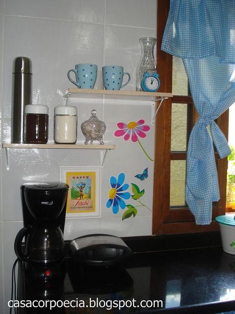 Decoraç u00e3o barata cantinho da cozinha antes e depois! Apartamento (decoraç u00e3o) Cozinhas de  -> Decoração Cozinha Pequena Barata