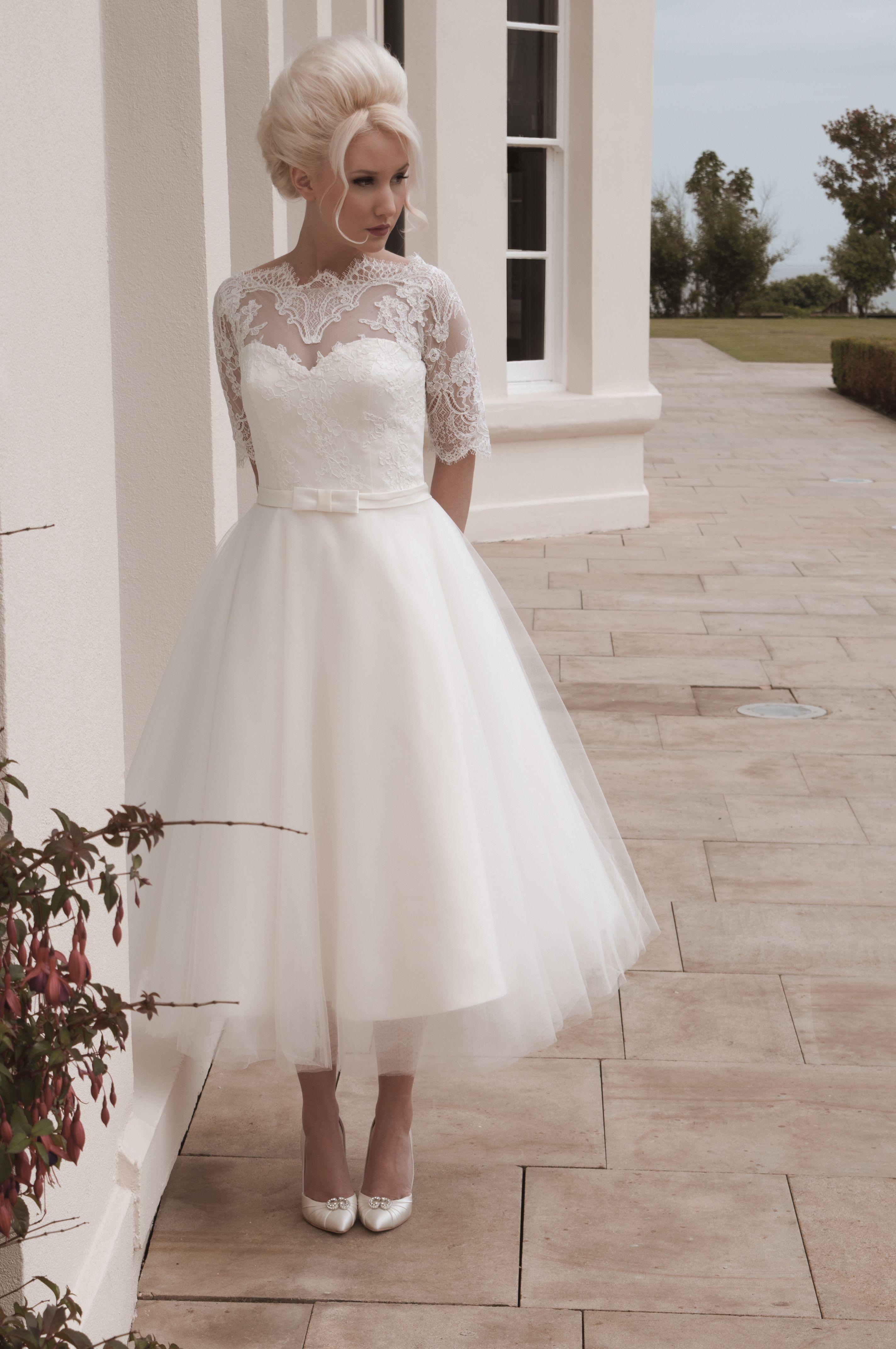 Darla Beautiful Soft And Feminine Tulle And Lace Short Calf Length Wedding Dress Dar Short Wedding Dress Tea Length Wedding Dresses Lace Tulle Wedding Dress [ 4288 x 2848 Pixel ]