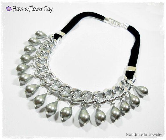 68506ac5ec15 PERLA GRIS. Collar gargantilla con perlas grises