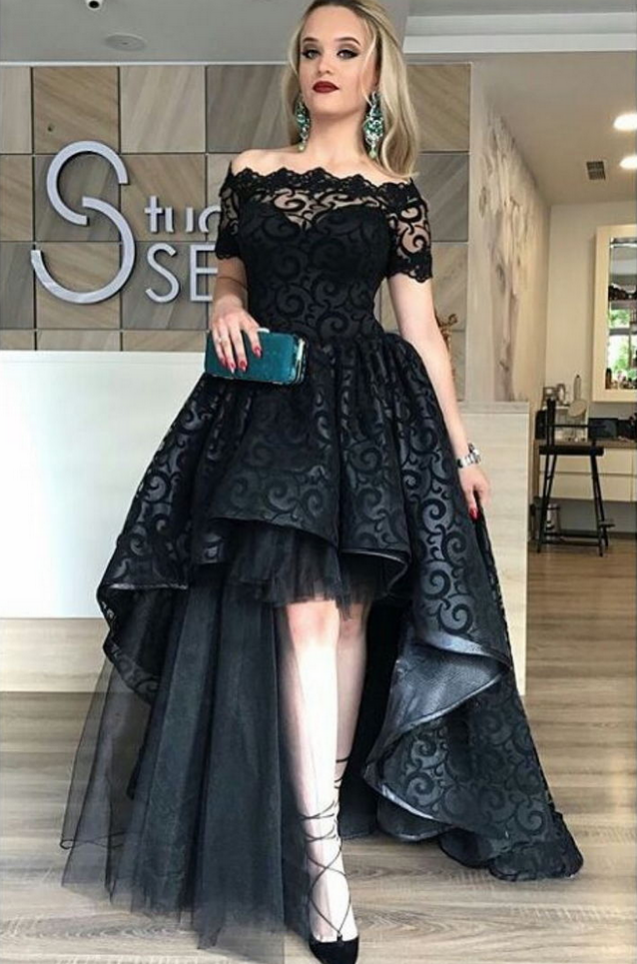 Black Lace Evening Dress Ball Gown Off Shoulder Appliques Short Sleeve Long  Party Gowns vestido de festa Cheap High Low Prom Dresses 5abec3c90028