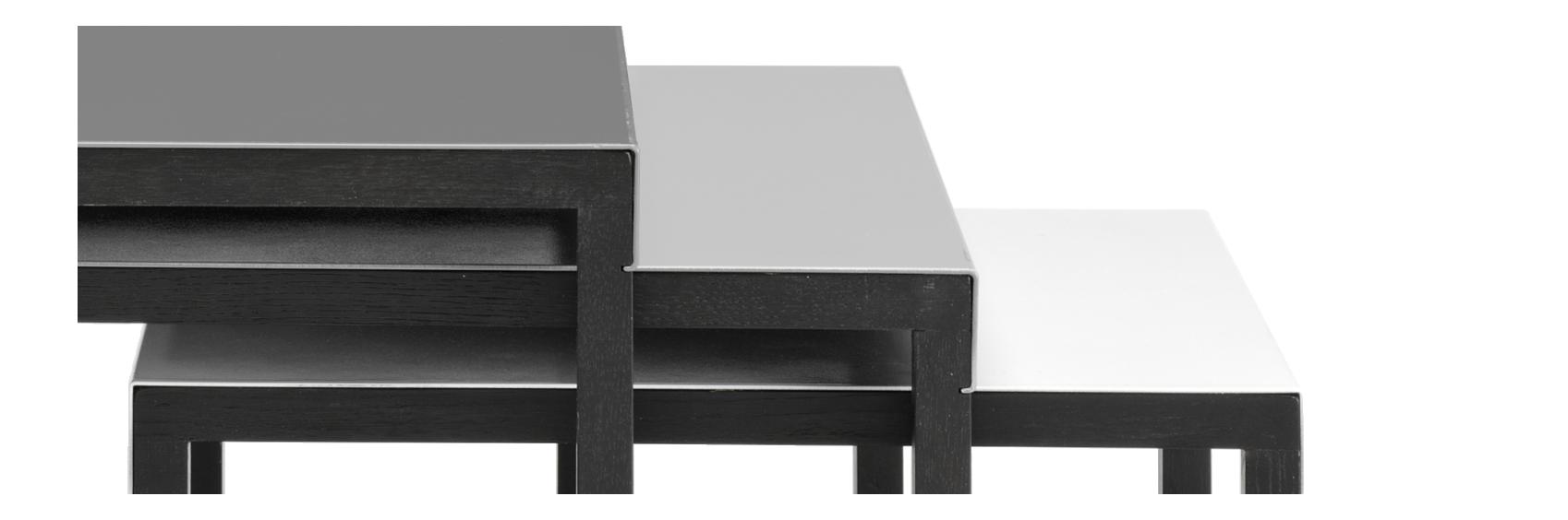 Kilo Tables Gigognes En Acier Laque Blanc Gric Et Noir Et Pieds En Chene Noirs Mobilier De Salon Table D Appoint Table