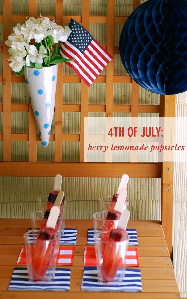 4TH OF JULY:  berry lemonade popsicles // twin stripe