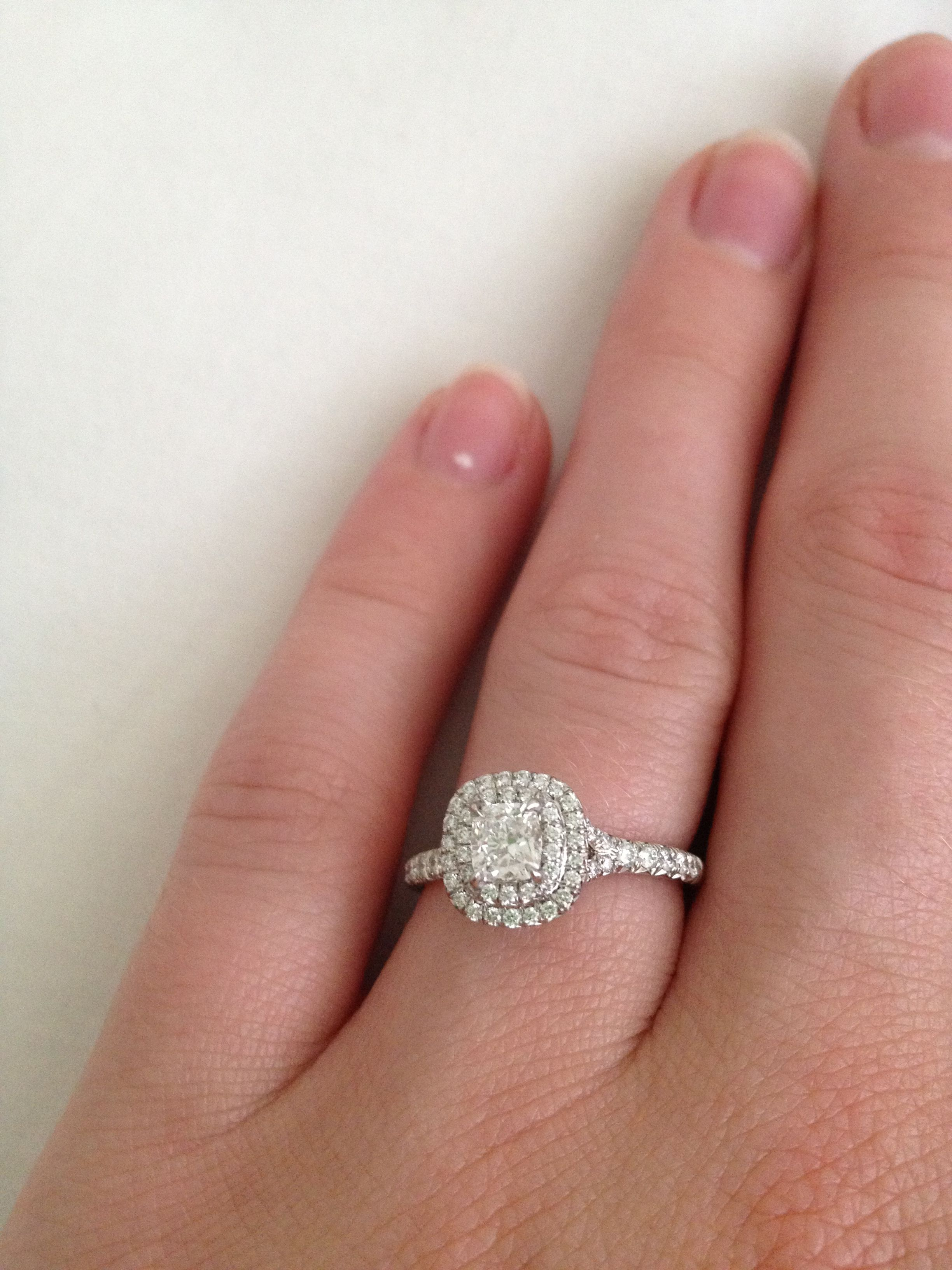 Cheryl Cole\'s engagement ring. I like the style of the engagement ...