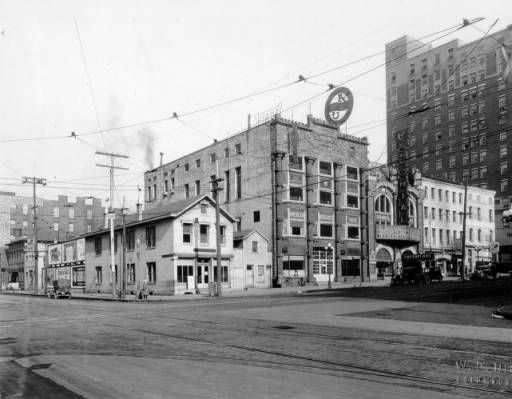 Future site of the American Insurance Union Citadel (now the LeVeque Tower) on West Broad Street in Columbus, Ohio, ca. 1920-1924.