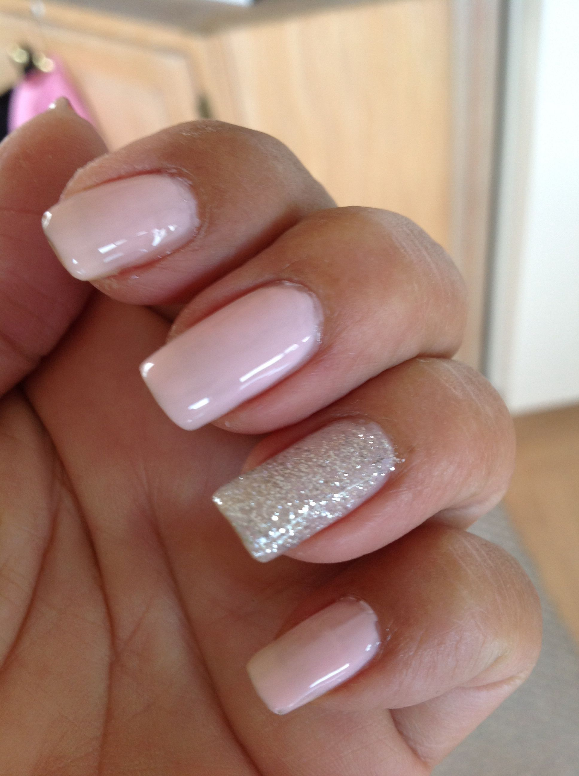 Baby pink with one glitter nail   uñas