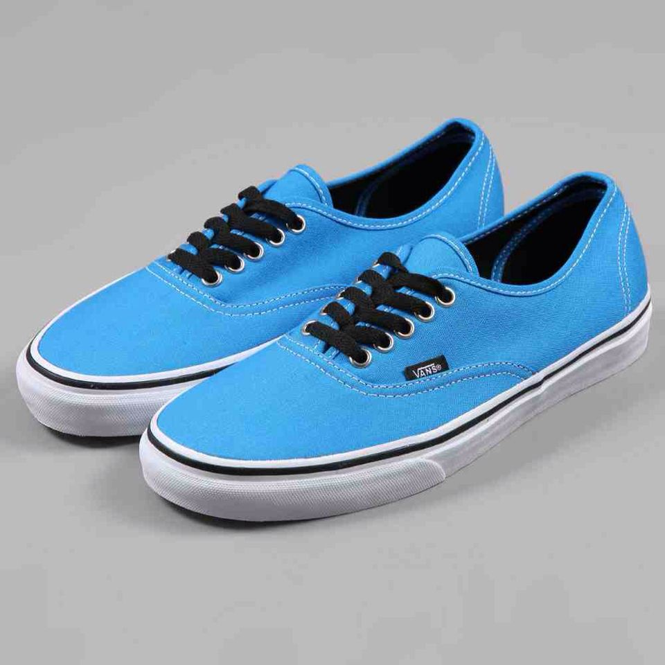 vans navy blue and black