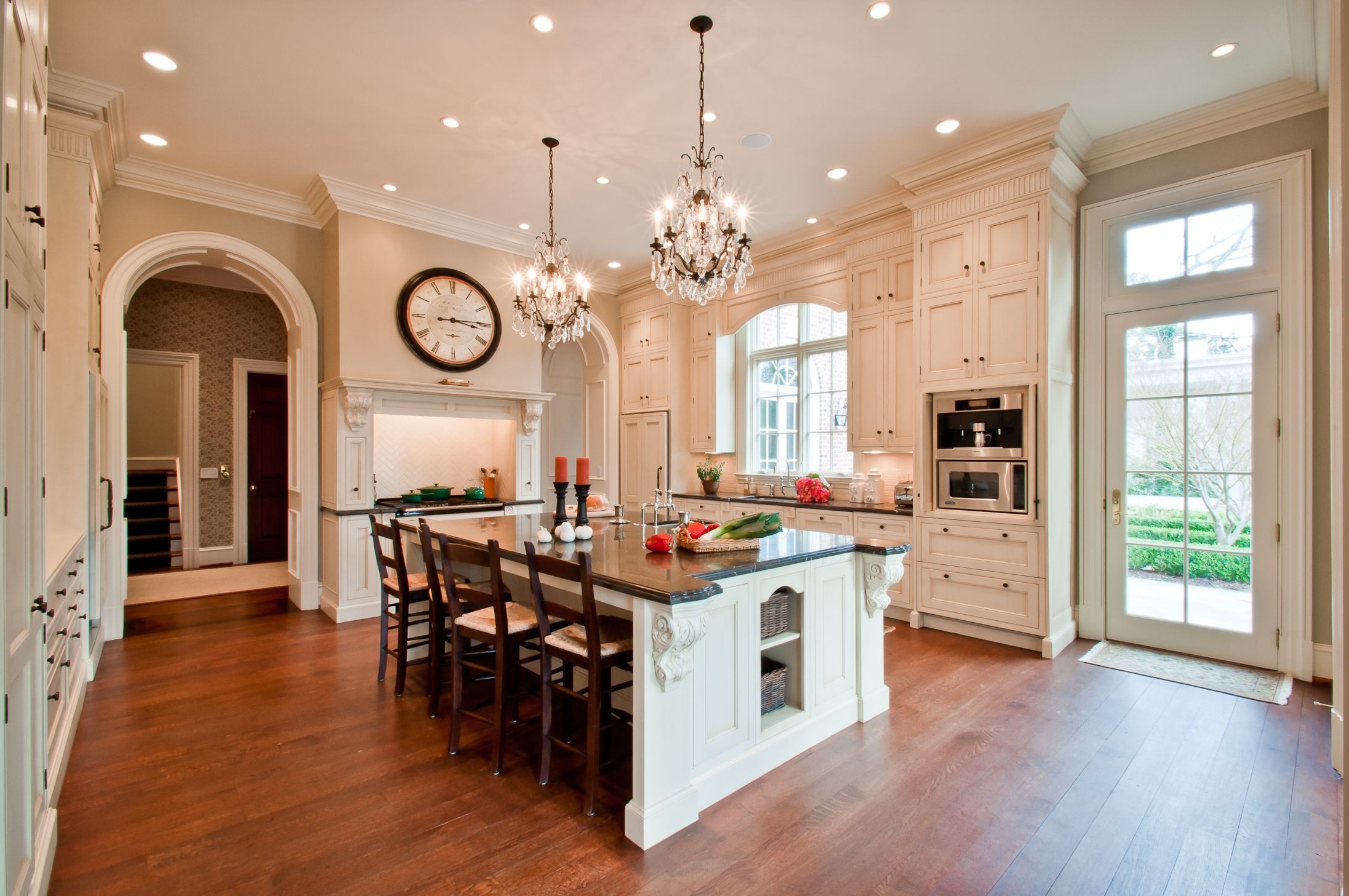 Pin By Brooke Allen On Cook Beautiful Kitchens House Design Home Kitchens