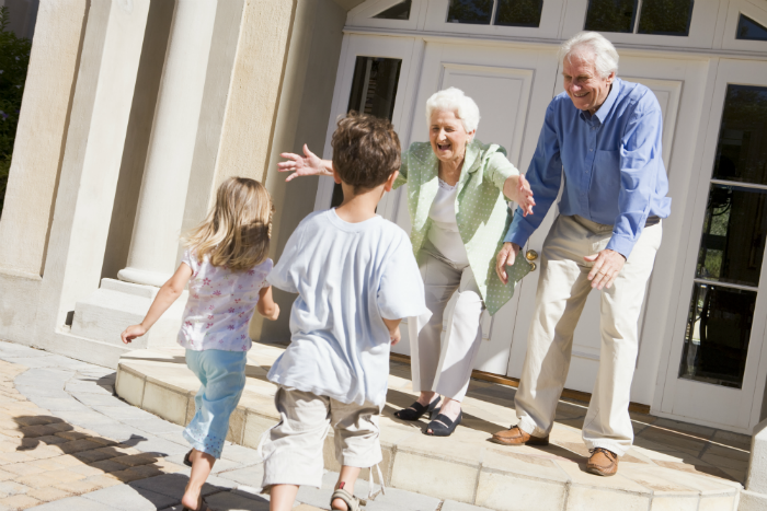 VISITING RELATIVES 101: HOW TO MAKE IT EASY ON YOUR KIDS | Grandparents  rights, Grandparents photography, Grandchildren