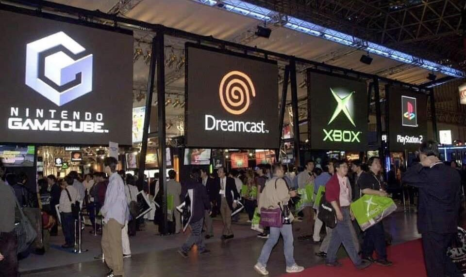 Tokyo Game Show, 2001 - #2000ish #2000s #dreamcast #gamecube #games #gaming #japan #microsoft #nintendo #nostalgia #nostalgic #playstation #ps2 #retro #sega #sony #tech #tokyo #video #xbox