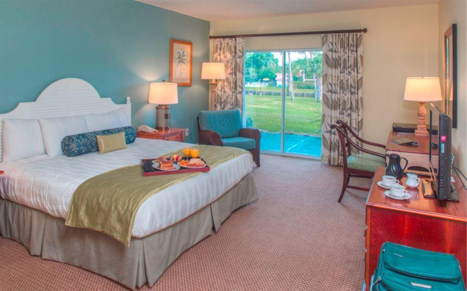 Crystal river resort suites hotels room florida hotels