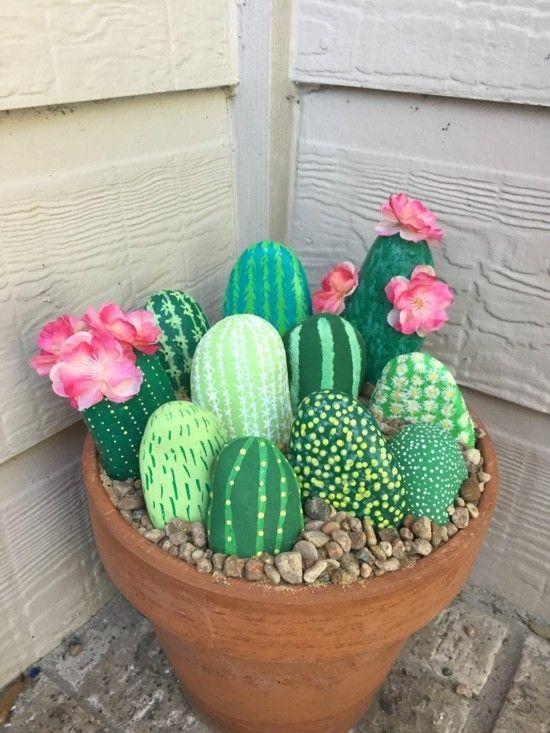 Trendige Kaktus Deko - 60 Bastelideen für extra sommerliche Stimmung #bastelnmitsteinen