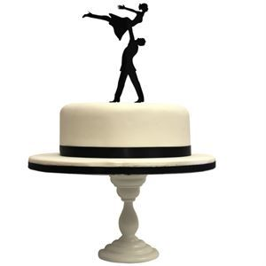 Funkylaser. 'All you need is love' cake topper