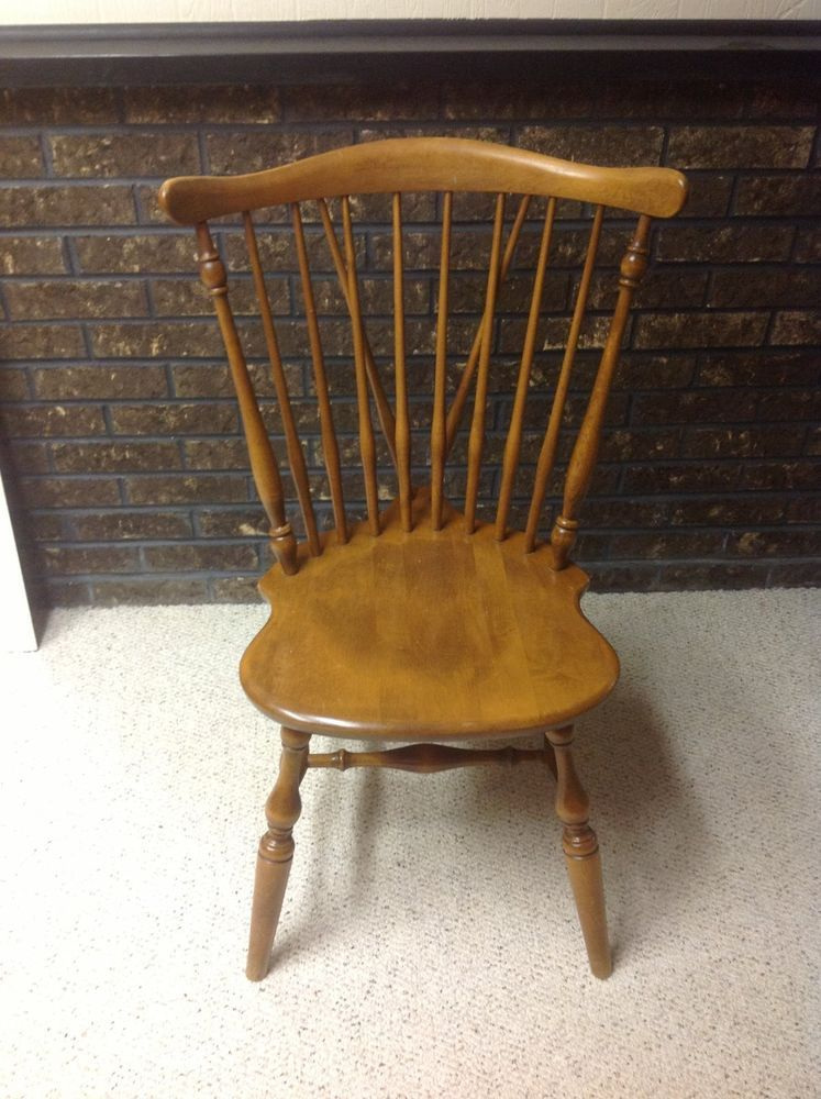 Ethan Allen Chair Maple Nutmeg Heirloom Windsor 10 6020 Plant 21 Side Chair Ethanallen Country Windsor Dining Chairs Chair Dining Chairs