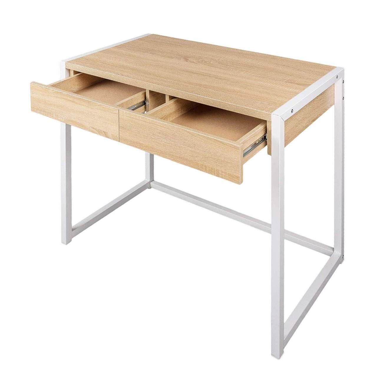 Pin Auf Schreibtisch