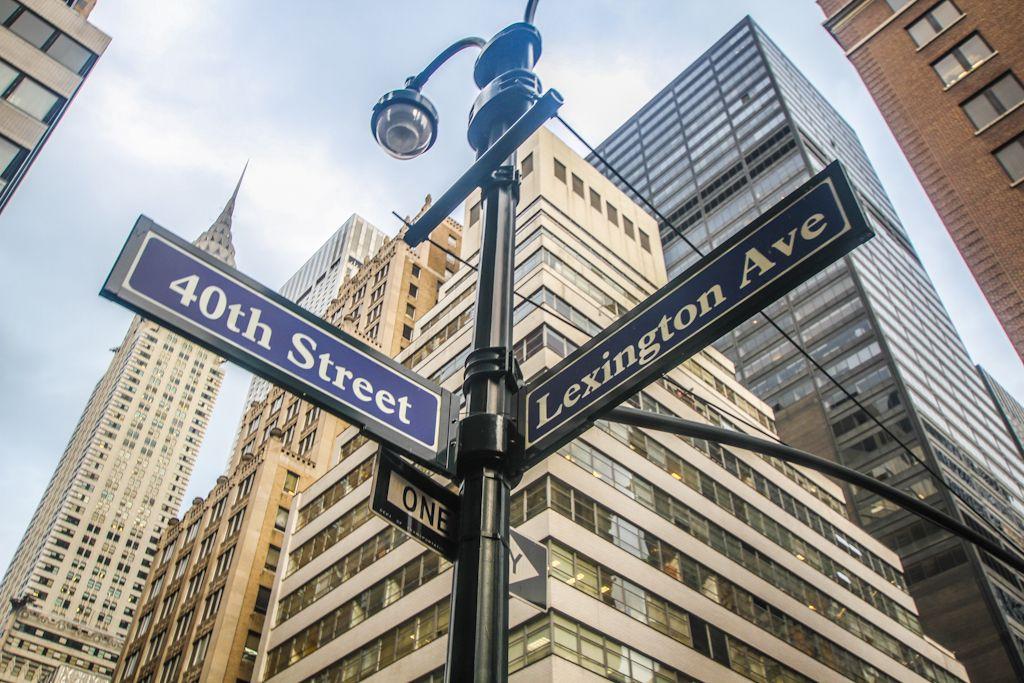 40th Street And Lexington Avenue Nyc Neighborhoods New York City Neighborhood Guide