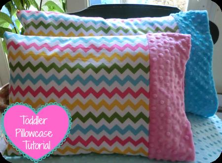 Minky Toddler Pillowcase Tutorial & Minky Toddler Pillowcase Tutorial | Easy peasy Super easy and ... pillowsntoast.com