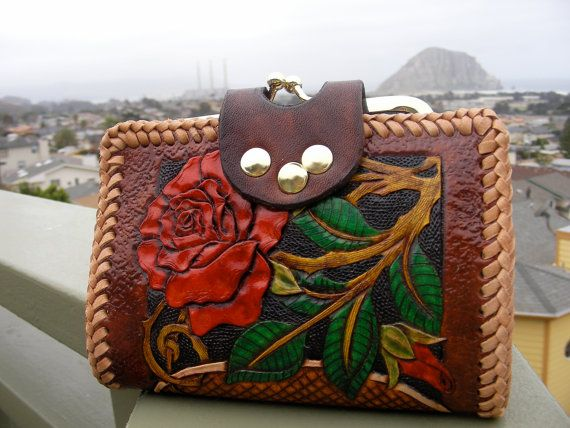 Wallet / Women's / Leather / Wallet / Hand Carved by Delosleather