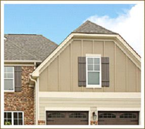 Decorative Vinyl Siding Options Cedar Shakes Board N Batten Siding Options Exterior House Siding House Exterior