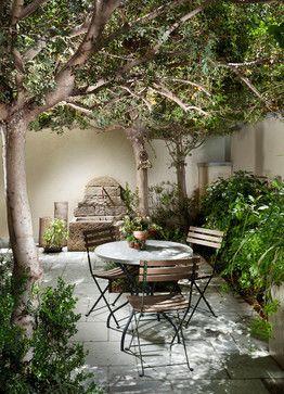 Indoor courtyards mediterranean style mediterranean for Small french courtyard gardens
