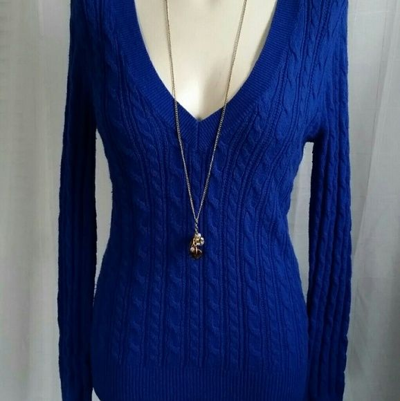 🚫 SOLD - American Eagle Blue V-neck Sweater | Eagle, American ...