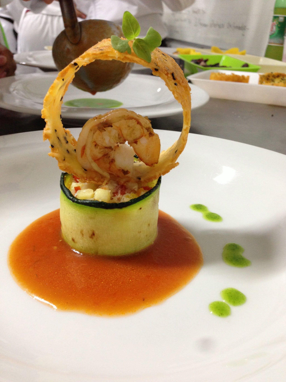 Montaje de platos gourmet con salmon buscar con google for Decoracion de platos gourmet pdf