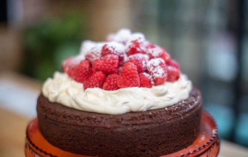John Torode Chocolate Buttermilk Cake Recipe On John And Lisa S Weekend Kitchen The Talent Zone Buttermilkc In 2020 Cake Recipes Buttermilk Cake Recipe Savoury Cake