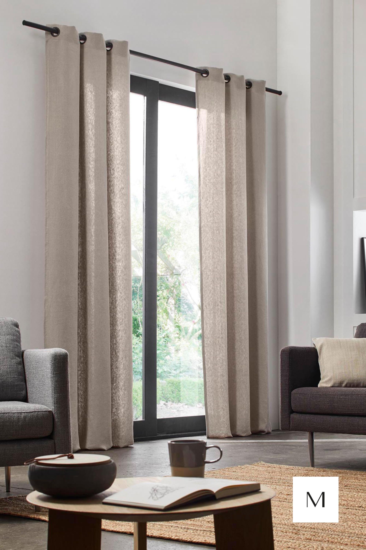 salon moderne rideaux oeillets