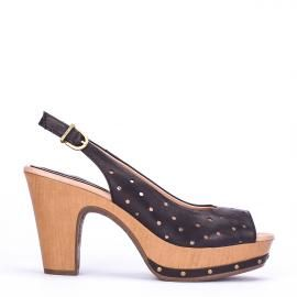 Peeptoe Weekend by Pedro Miralles en piel troquelada negra #shoes #ss16 #inspiration  #shoeporn #sandals #zapatos #moda #calzado #metal