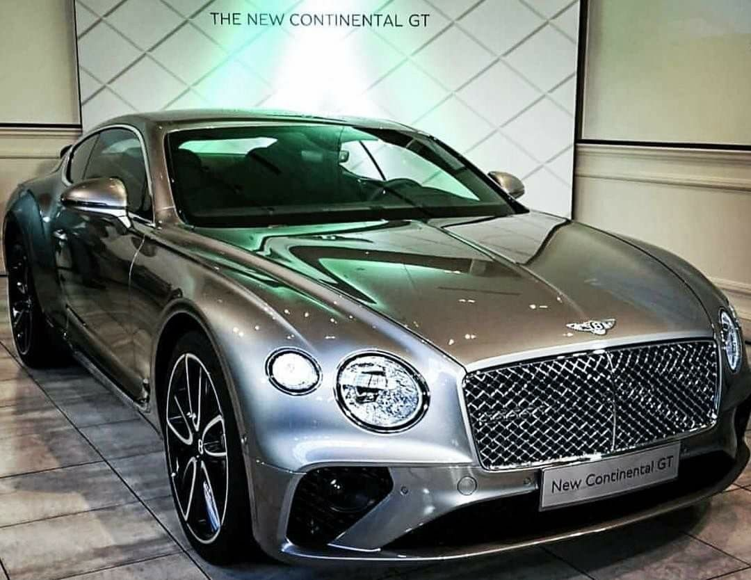 2019 Bentley Continental Gt Silber With Images Luxury Cars
