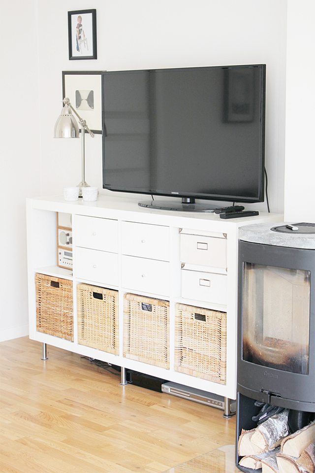 kallax turned into a tv stand kallax als tv regal. Black Bedroom Furniture Sets. Home Design Ideas