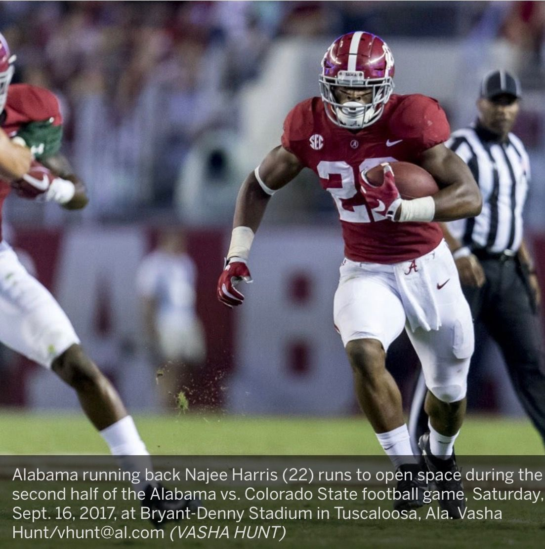 Alabama Running Back Najee Harris 22 Runs To Open Space During The Second Half Of The Alabama Vs Colorado State Football Game Alabama Alabama Vs Tuscaloosa