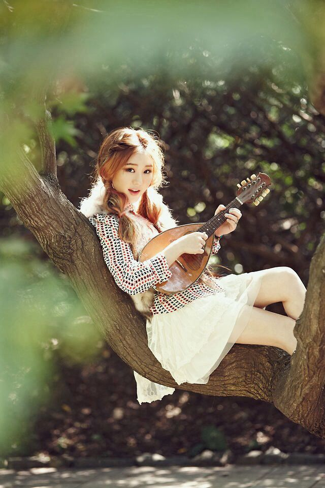 Megan Lee ahhh this girl is solo awesome!  I love her voice and everything about her!!