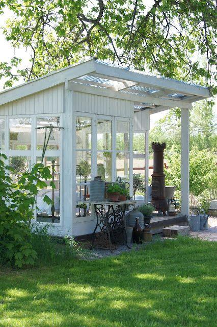 Teehaus Und Außenküche Inspirasjon Hage Garten Gartenhaus