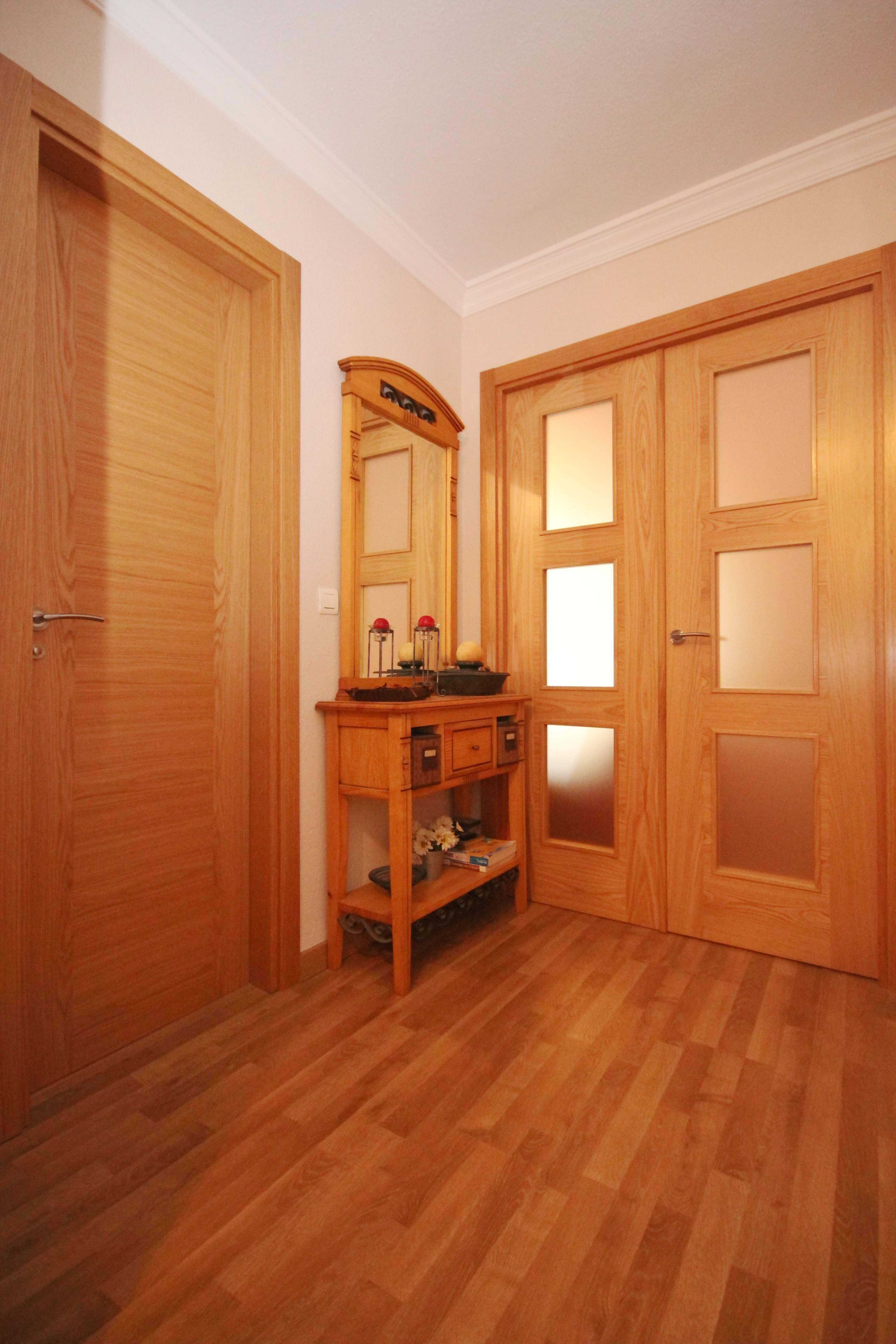 Tarima flotante y puertas en roble una buena pareja qu for Buenas ideas para el hogar