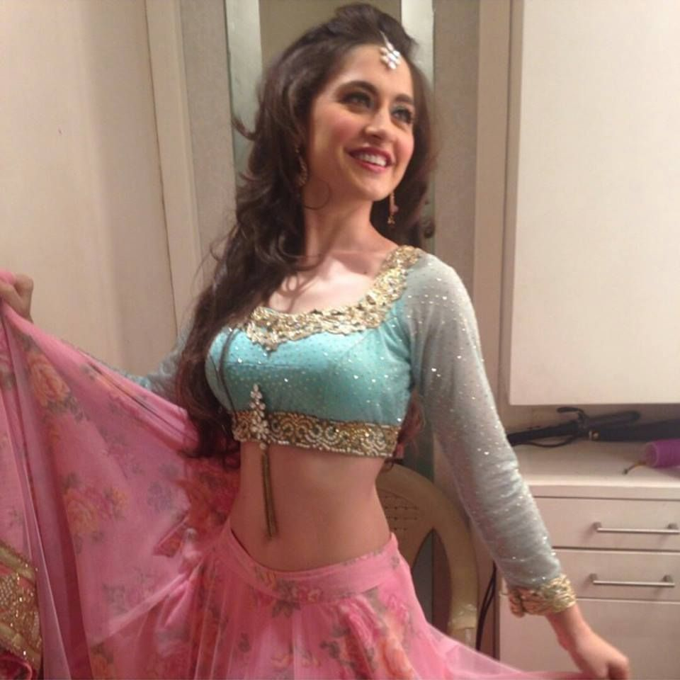 Hot and sexy TV serial actress from Indian television show ek ...