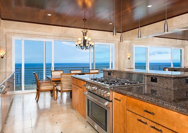 Justin Bieber Spent 10K A Night On This Hawaii Vacation Home Custom Kitchen Design Hawaii Inspiration Design