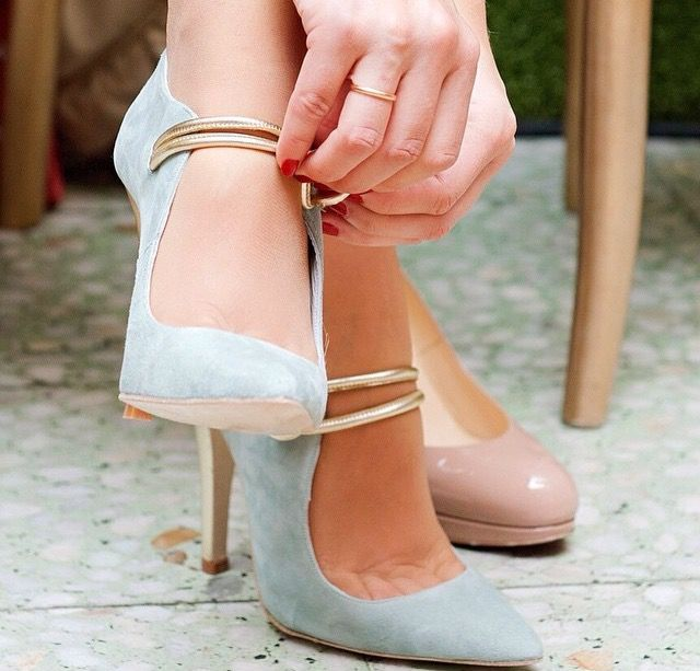 Zapatos de novia en verde claro.....  11fa2787553