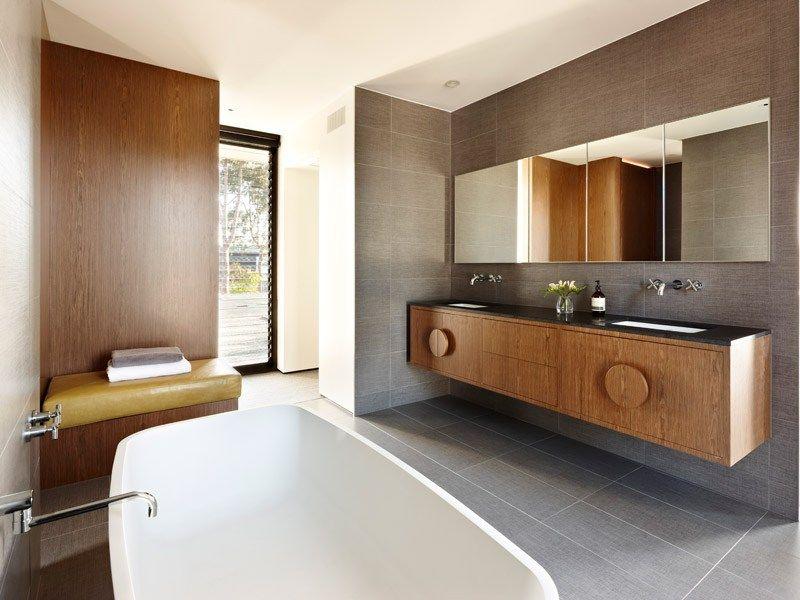 Gorgeous 60 39 s inspired bathroom with a modern edge for Modern bathroom ideas australia