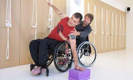 17+ Yoga en silla de ruedas ideas in 2021