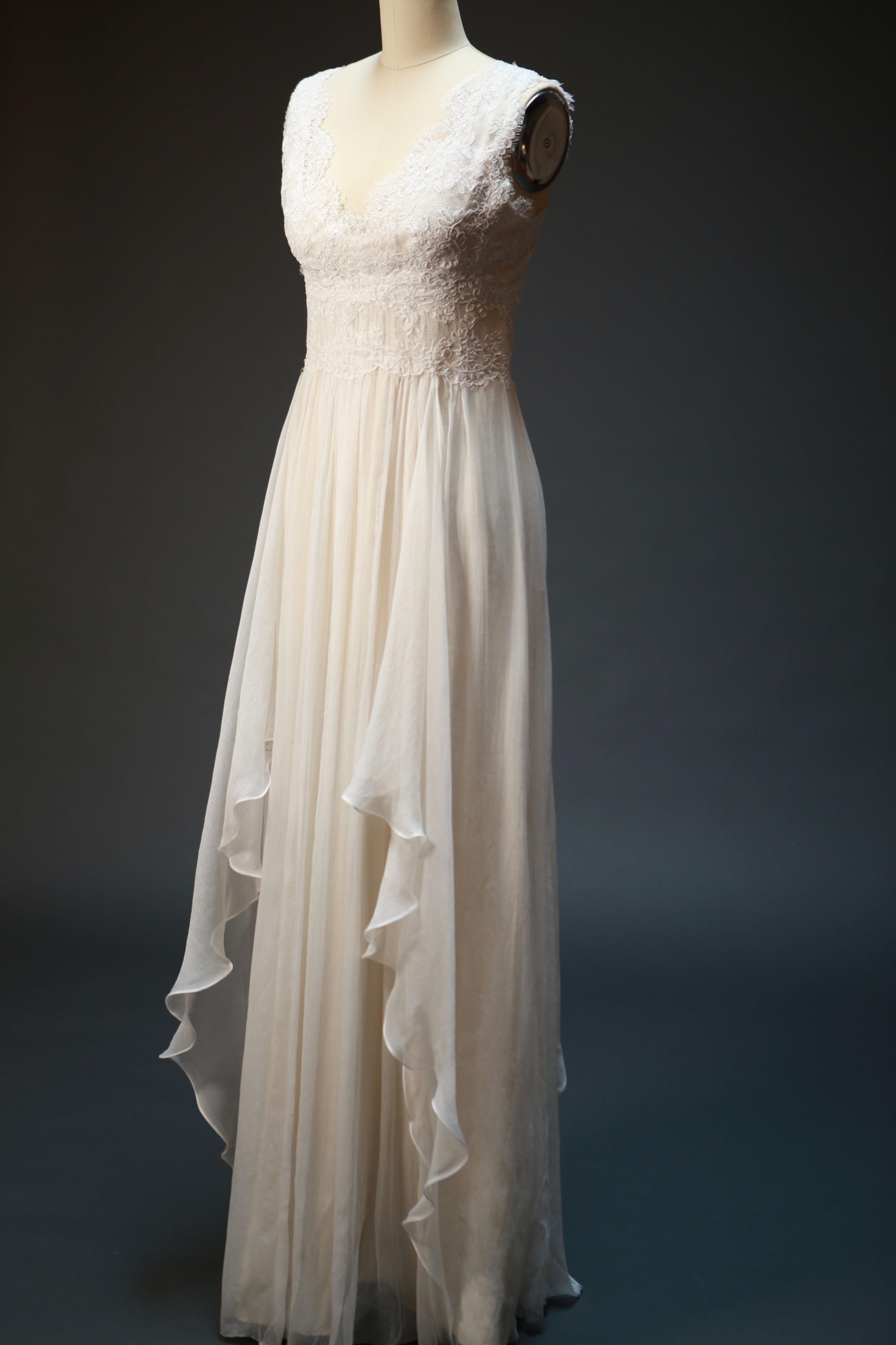 ON Airy Handkerchief Skirt Lace Wedding Dress in Wedding
