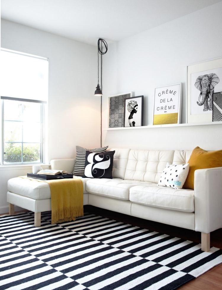 Ikea salon avec canapé dangle en blanc et tapis à rayures épinglé depuis deavita fr par lagence skéa